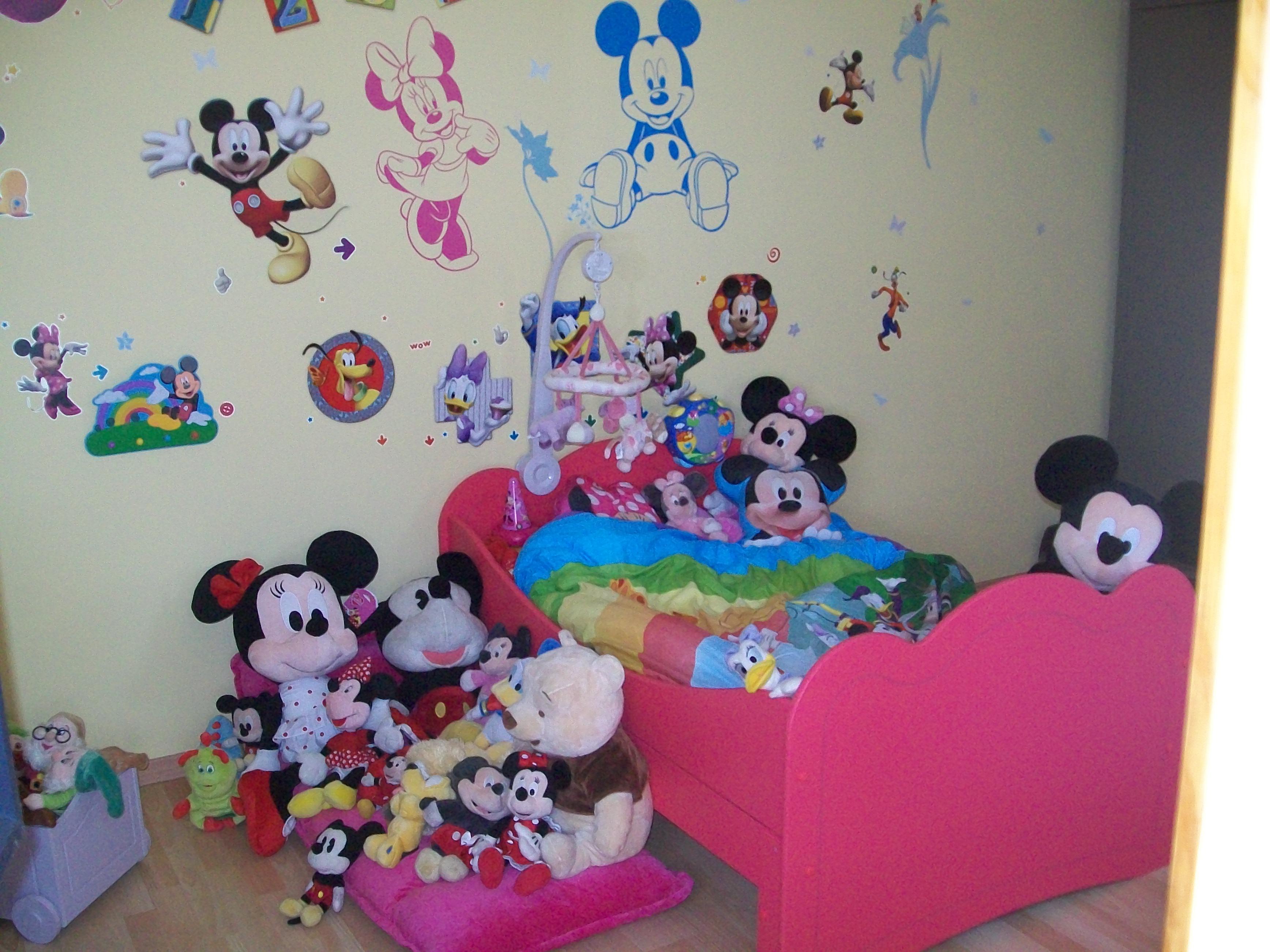 La chambre de Margau avec Mickey et ses amis
